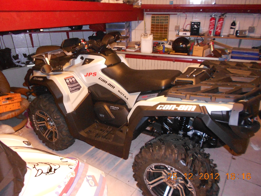CAN-AM BOMBARDIER Outlander 1000 limited 2013 photo 2