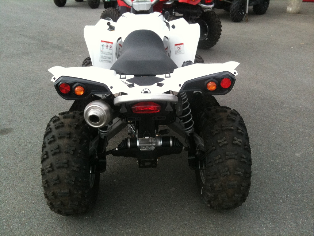 CAN-AM BOMBARDIER Renegade 500  2011 photo 2