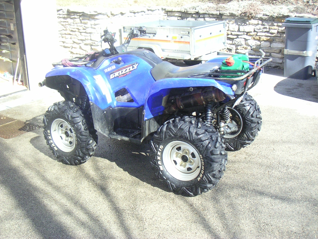 YAMAHA Grizzly 700  2008 photo 2