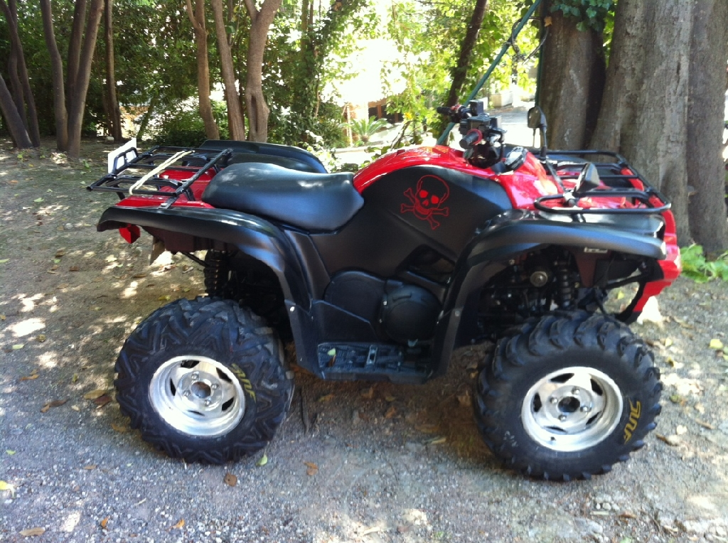 YAMAHA Grizzly 550 RED DIAMOND 2009