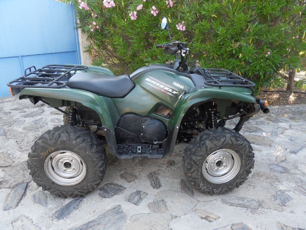 annonce quad yamaha grizzly 550 occasion 2010 34 h rault bessan. Black Bedroom Furniture Sets. Home Design Ideas